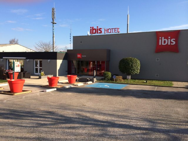 1—Ibis-Dijon-Sud