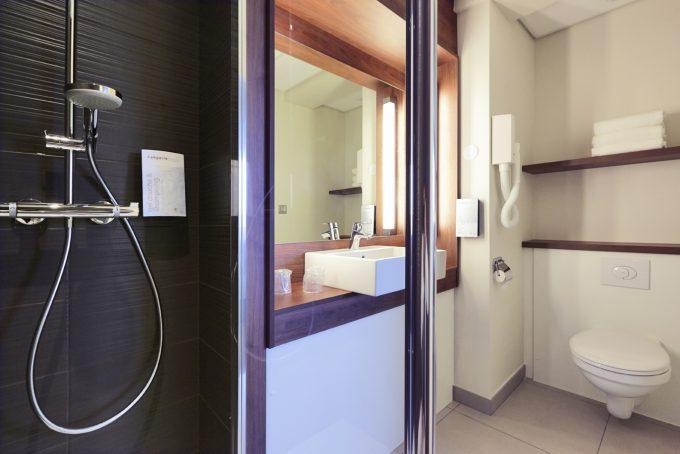 1689-salle-de-bain1