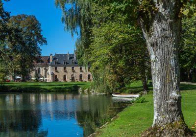Hôtel-Restaurant Abbaye de la Bussière-sur-Ouche - 1