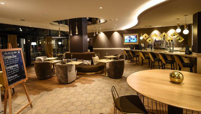 Bar_Lounge_M21