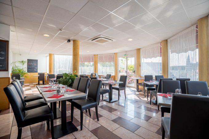 Restaurant-4-5