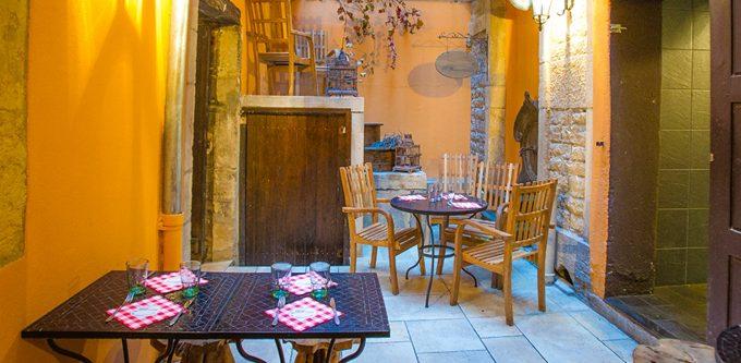 restaurant1-2v2